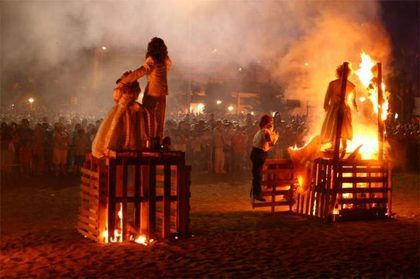 Празднование Сан Хуан Торрокс