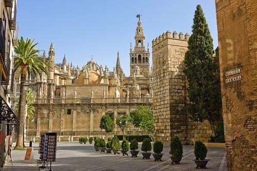 Тур с перелетом в Испанию