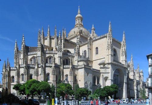 Автобусный экскурсионный тур в Испанию