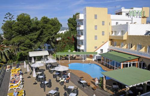 Тур пляжный отдых Испания Нерха отель 3*