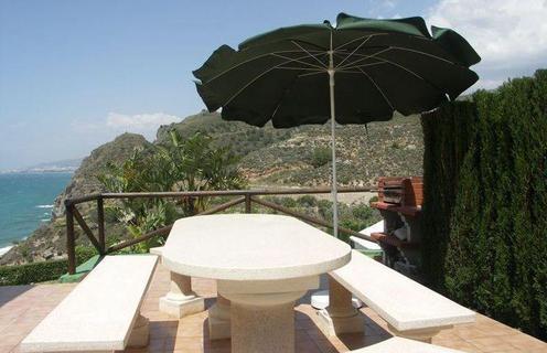 Тур с отдыхом в Испании Нерха виллы