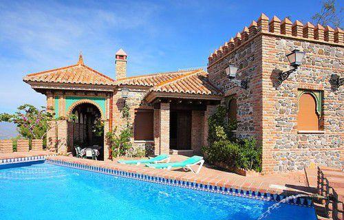 Тур отдых в Испании Велес-Малага виллы