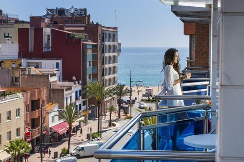 Тур в Испанию на Коста Брава Ллорет де Мар апартаменты