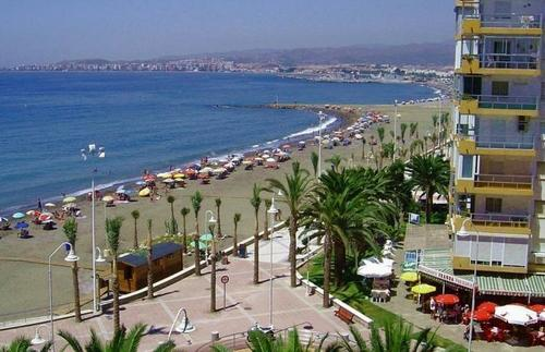 Отдых туры в Испанию Альгарробо