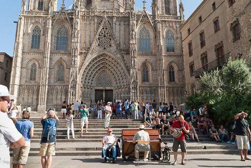 Экскурсионный тур в Испанию Каталонию