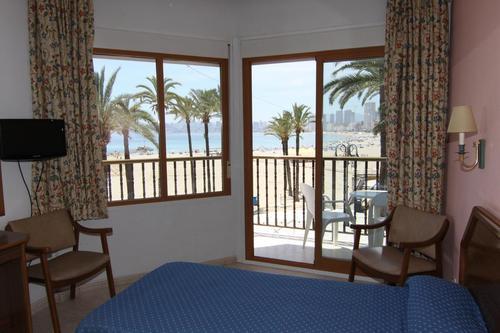 Тур в Испанию на Коста Бланка Бенидорм отдых в отеле 3*