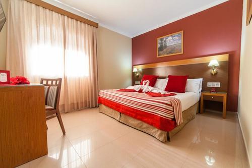Туры в Испанию на Коста де ла Лус Кадис бюджетный отдых в отелях