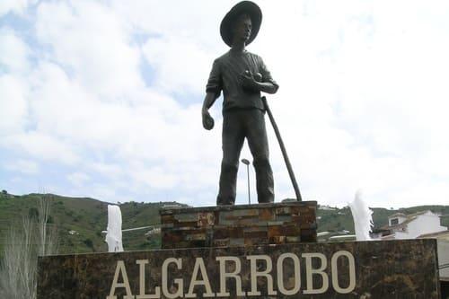 Туры в Испанию в Альгарробо