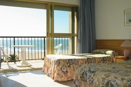 Тур в Испанию в Оропеса дель Мар бюджетный отдых в отелях