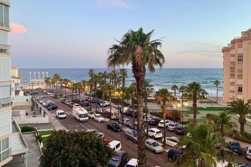 Тур в Испанию с пляжным отдыхом в Торроксе