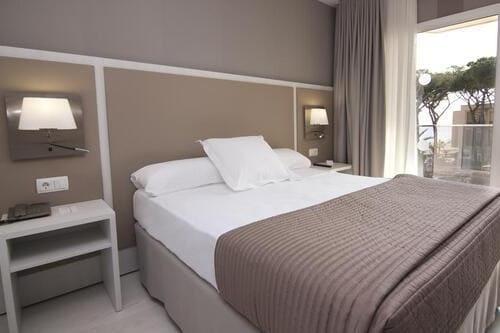 Тур в Испанию на Коста Дорада Камбрилс бюджетный отдых в отелях