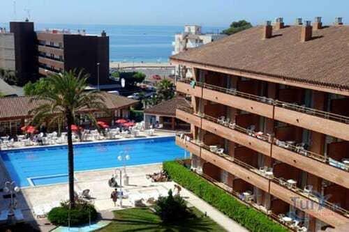 Тур в Испанию на Коста Дорада Камбрилс отдых в отелях 3*